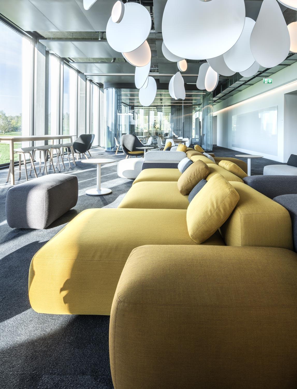 OYM Innenaufnahme College Loungebereich Architekturfotografie Regine Giesecke